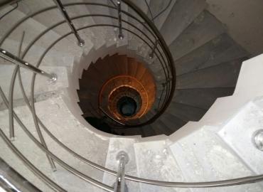 Paslanmaz Krom Yelpaze Merdiven Korkuluğu